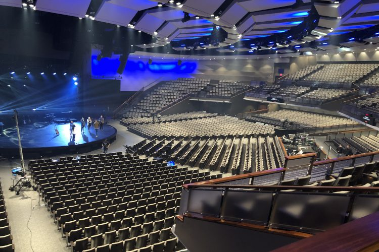 Gateway Church transitions to LED with ArcSystem Pro